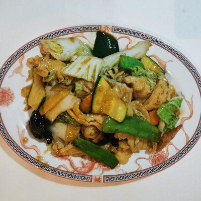 Poulet aux légumes varié